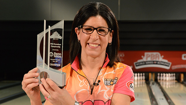 Liz Johnson wins 2017 PBA Chameleon Championship