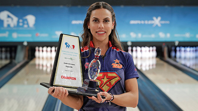 Restrepo wins 2018 BowlerX.com PWBA Twin Cities Open