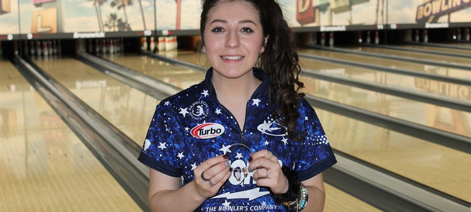 Bond captures third career PWBA regional title in Iowa